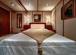 Боярська каюта, фото 4 — теплохід «Ярослав Мудрий»